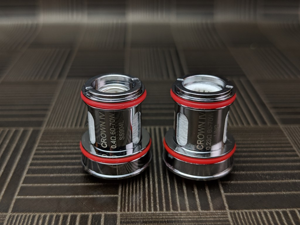 The Crown IV kit from UWell - 18