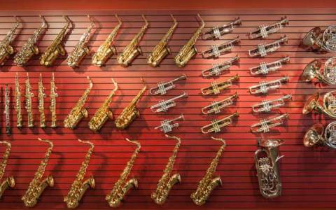 The Difference Between Brass and Woodwind Instruments