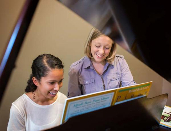 Pianos vs. Keyboards: What Does Your Child Need?