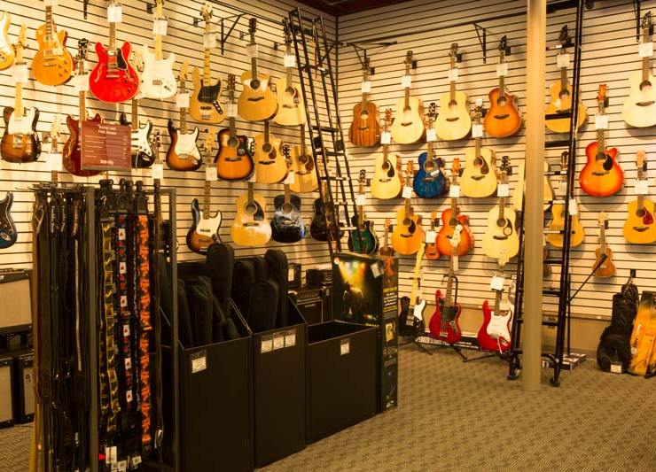 9 Great Guitar Accessories You Should Try