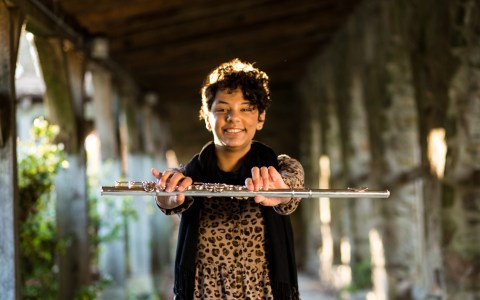 5 Awesome Contemporary Bands That Feature a Flute Player