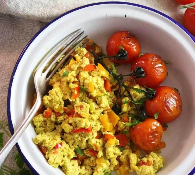 Tofu Scramble with tomatoes