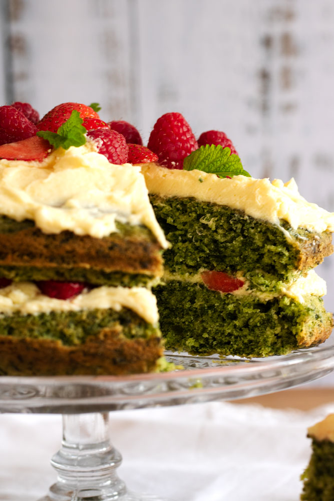 Vegan Spinach and Cardamom cake up close