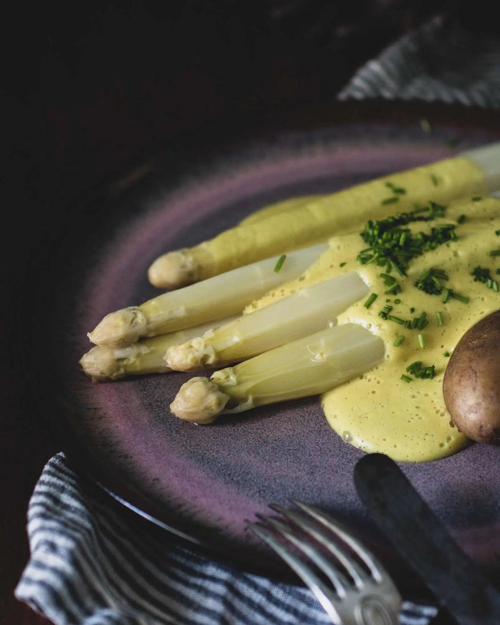 Sauce Hollandaise mit Spargel