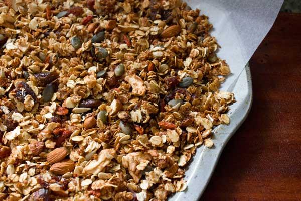 jamie-oliver-homecooker-granola