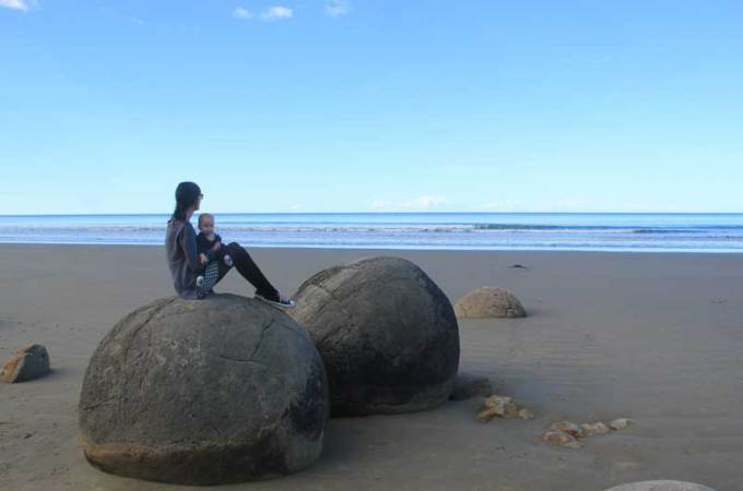 Moeraki Boulders | Driving around the south island of New Zealand