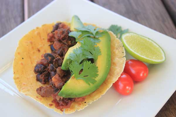 Black Bean and Sweet Potato Tacos - perfect for hot summer nights or relaxed Sunday lunches with friends.