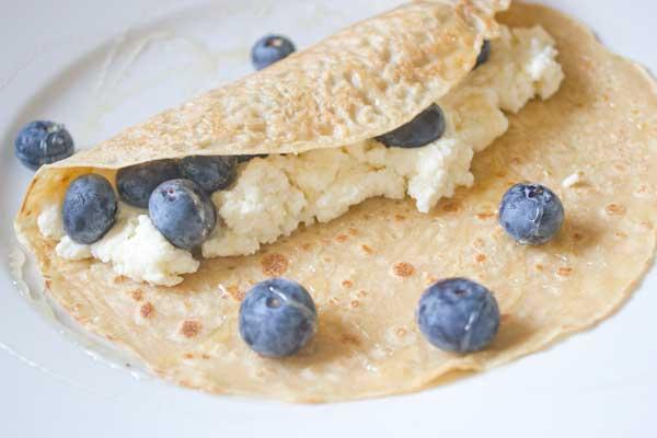 blueberry-ricotta-crepe2