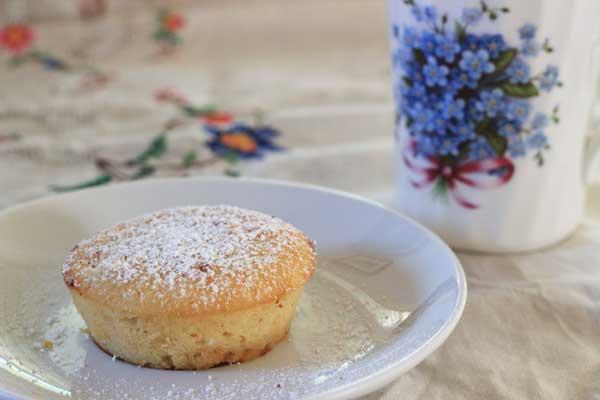 Little Lemon Cakes