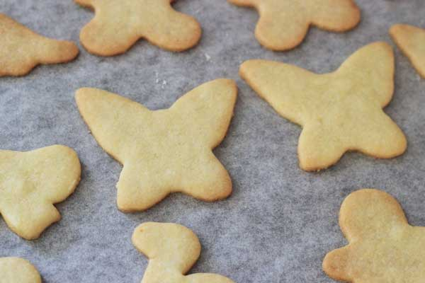 Easy Christmas sugar cookie recipe | Veggie Mama