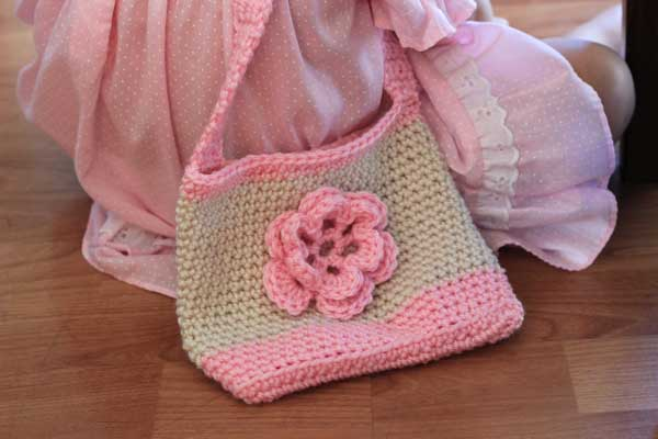 Free crochet pattern: Little bags for kids | Veggie Mama