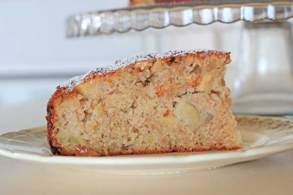 Apple and Cinnamon Tea Cake - one of my favourite vintage/wartime recipes | Veggie Mama