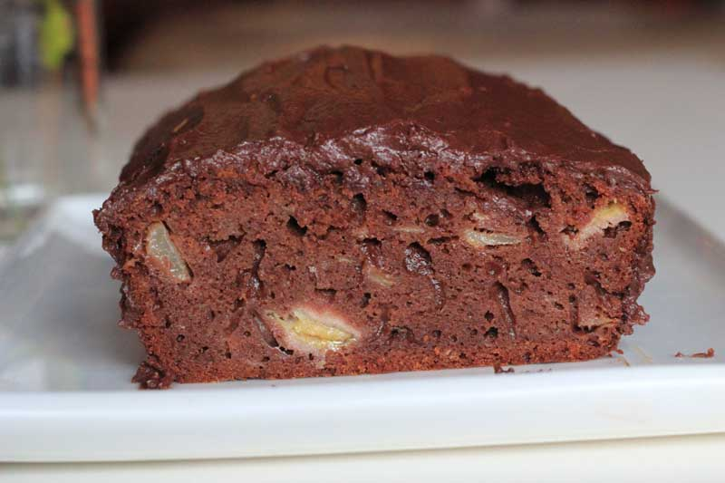 pear,-chocolate,-and-banana-cake-3