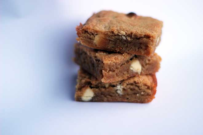 Beans In a white chocolate blondie? Of course! Extra nutrition that you can't even taste!