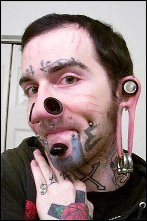 face-piercing