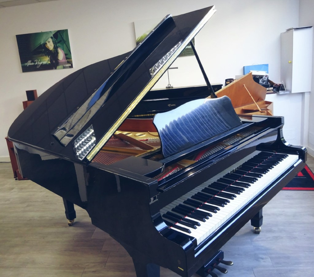 Piano à queue C5 Yamaha