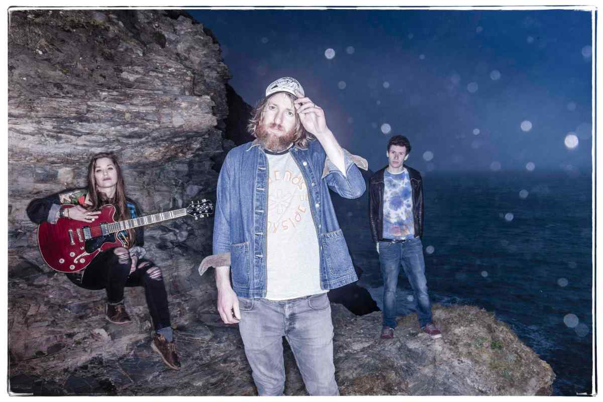 ALBUM REVIEW: William The Conqueror, Proud Disturber Of The Peace