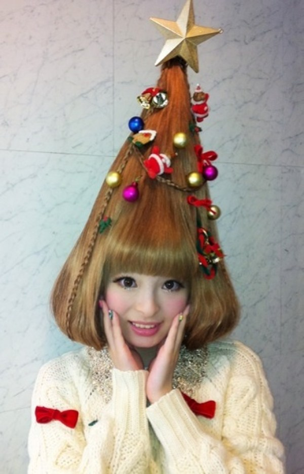 Ten Of The Craziest Christmas Themed Hairstyles You Will