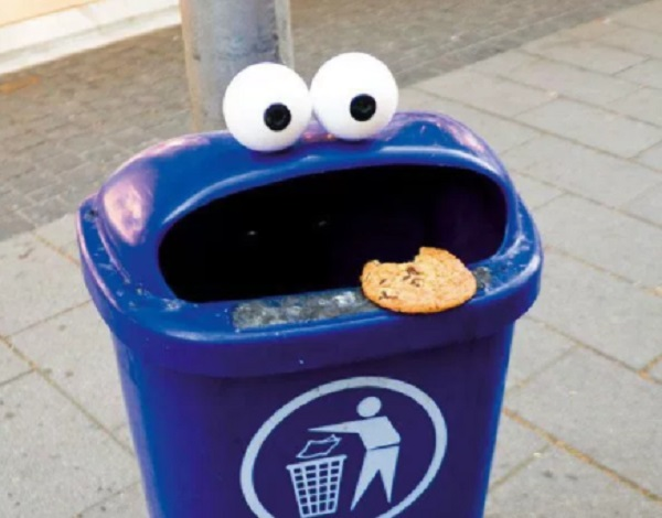 Ten Amazing Bins and Skips With Art on Them That Will Make You Smile