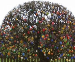 Ten of the Very Best Examples of (Ostereierbaum) Easter Trees
