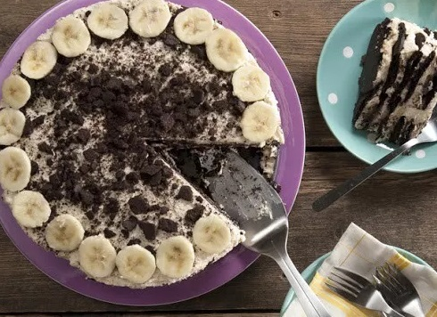 Chocolate Peanut Butter and Banana Icebox Cake