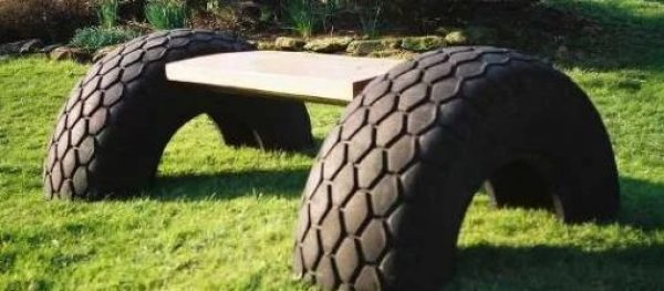 Recycled tyres turned into a bench