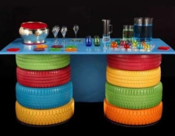 Old tyres recycled into a desk