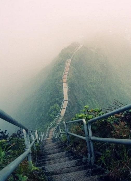 Staircase in Haiku