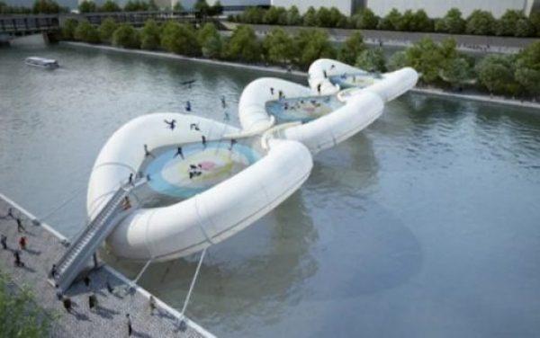 inflatable trampoline bridge