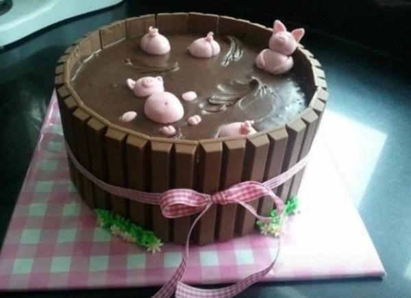 Kit Kat Style Pigs in mud Cake