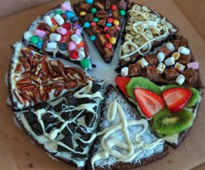 Ten Amazing Recipes for Designs for Dessert Pizzas