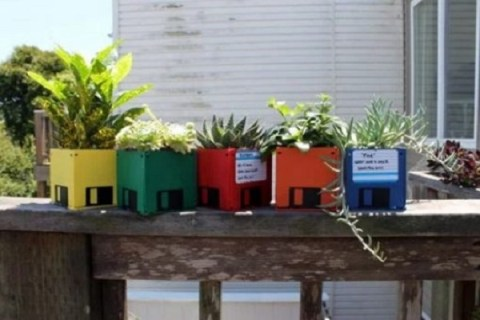 Ten Amazing Ways to Reuse, Repurpose and Recycle 3.5 Floppy Disks (Diskettes)