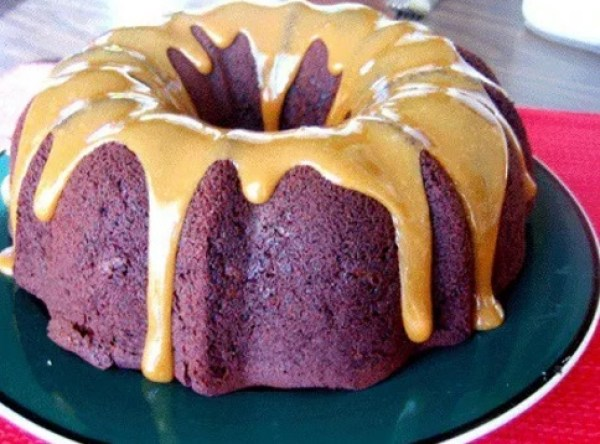 Low Fat Chocolate Bundt Cake