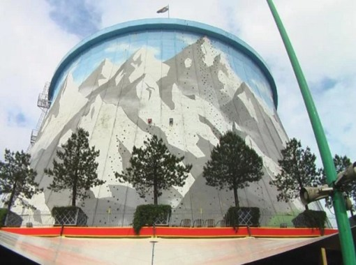 Cooling Tower Climbing Wall in Wunderland
