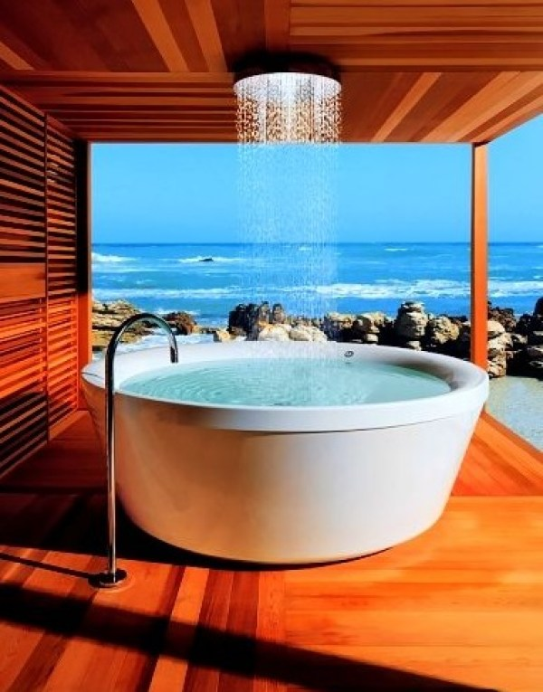 Top 10 Unique and Unusual Baths