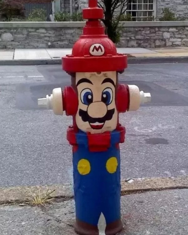 Art attacked fire hydrant: Super Mario theme