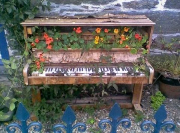 Piano Turned into garden ornament