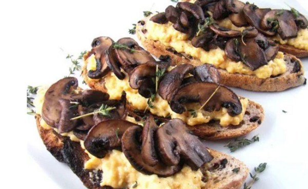 French Scrambled Eggs With Crimini Mushrooms on Toast
