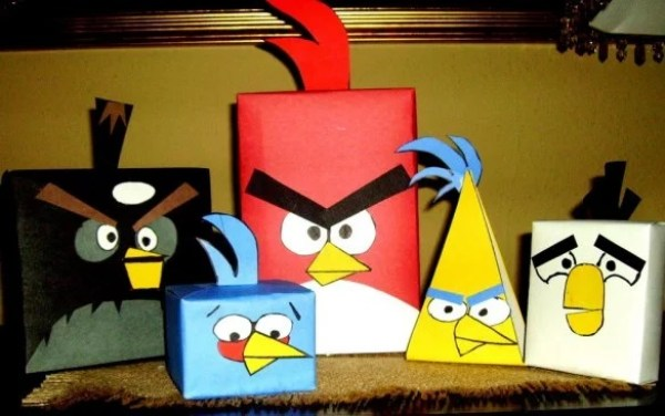 Angry Bird Gift Wrapping Paper