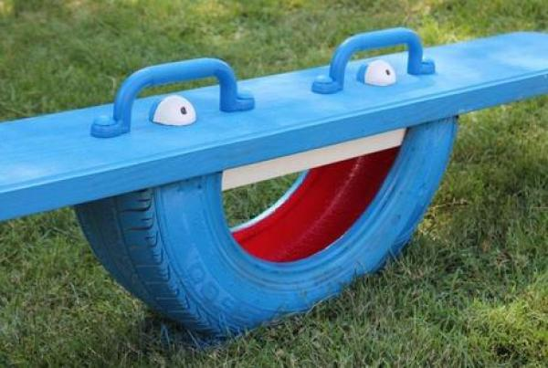 Seesaw Recycled Tyre