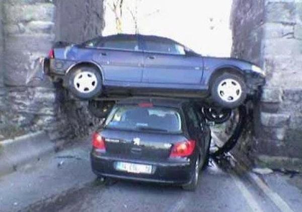 Car crash sideways into tunnel