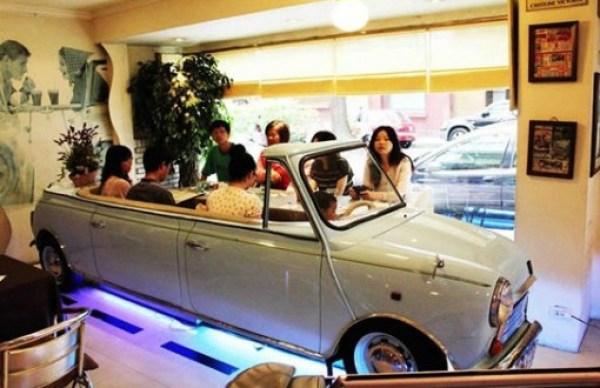 Ten Crazy and Amazing Restaurants Located Inside Vehicles
