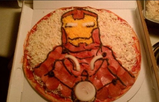 10 Nerdy and Creative Pizza Designs