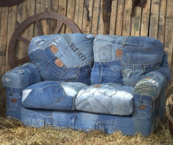 Ten Things You Can Make and Do With an Old Pair of Denim Jeans