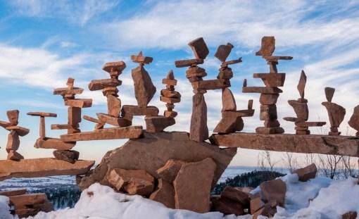 Top 10 Amazing Examples of Rock Balancing Art
