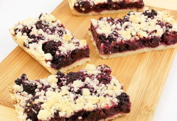 Blackberry & Almond Shortbread