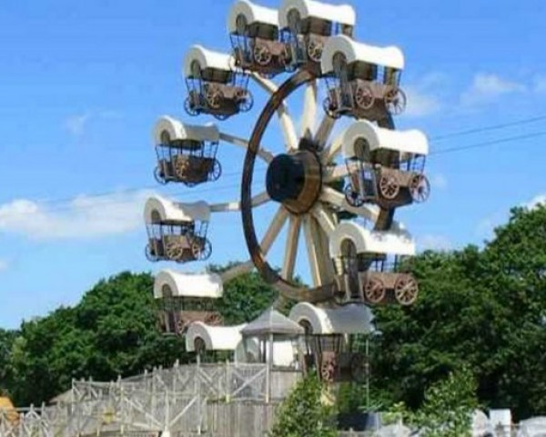 Top 10 Weird and Unusual Ferris Wheels