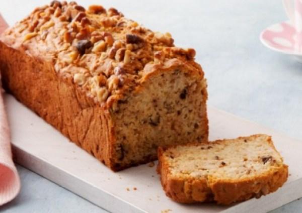 Apple And Walnut Loaf