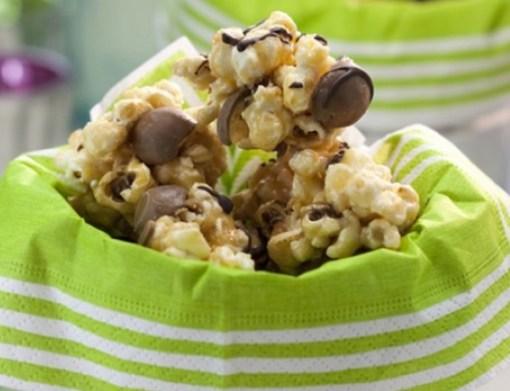 Malteser Popcorn Balls