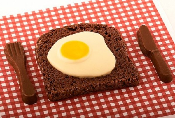 Egg on toast Chocolate Gift for Easter